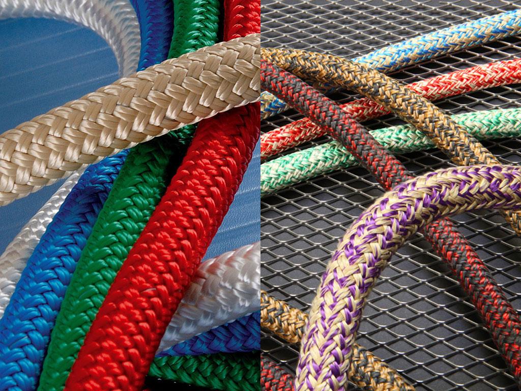 Vallen of Schoten kunnen met Polyester of Dyneema® kern worden geleverd. De keuze is afhankelijk van het type schip, het type zeiler en het vaargebied.